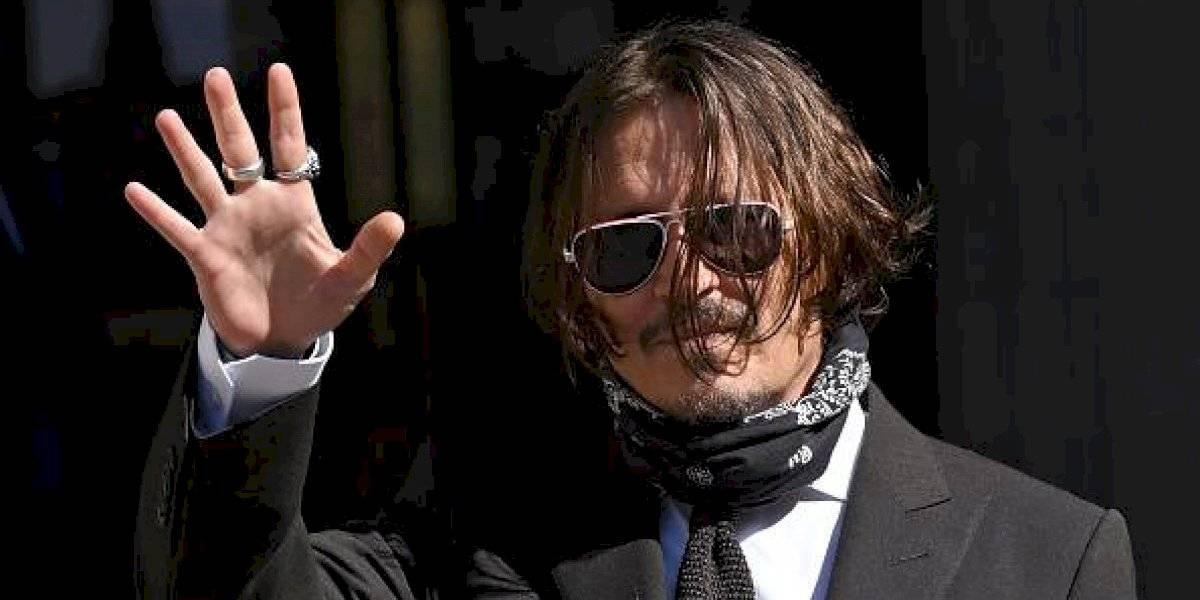 Johnny Depp declaró que durante su matrimonio encontró excrementos en su cama