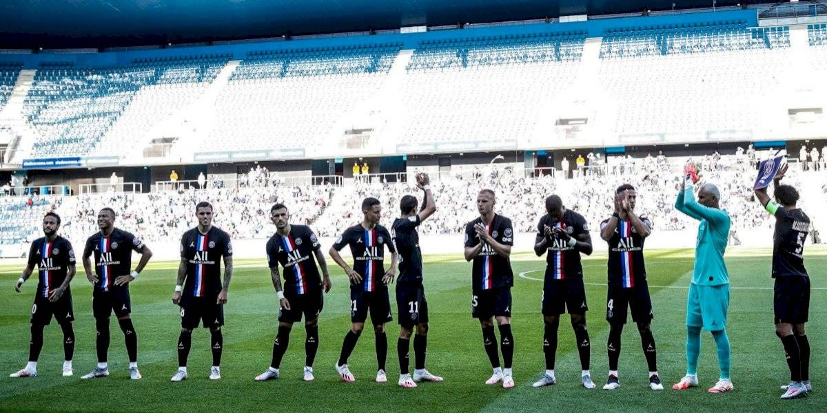 El futbol regresa a Francia con espectadores