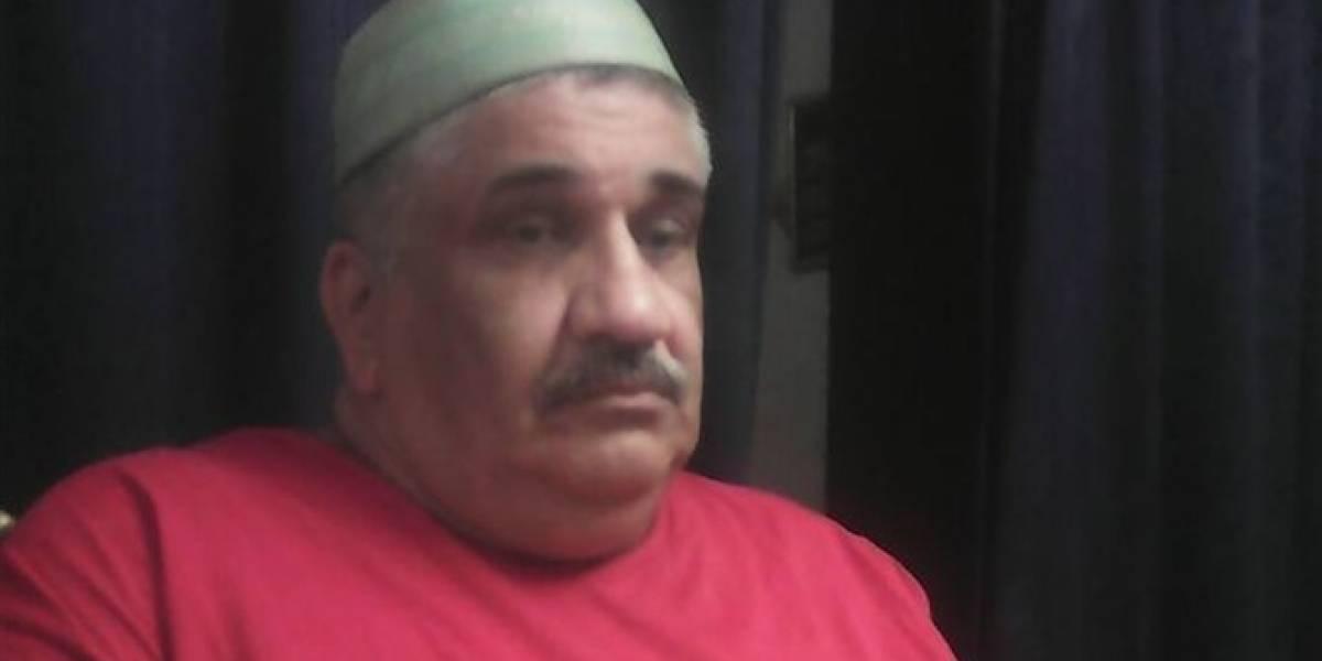 Periodista encarcelado en Egipto por dar noticias falsas muere de covid-19