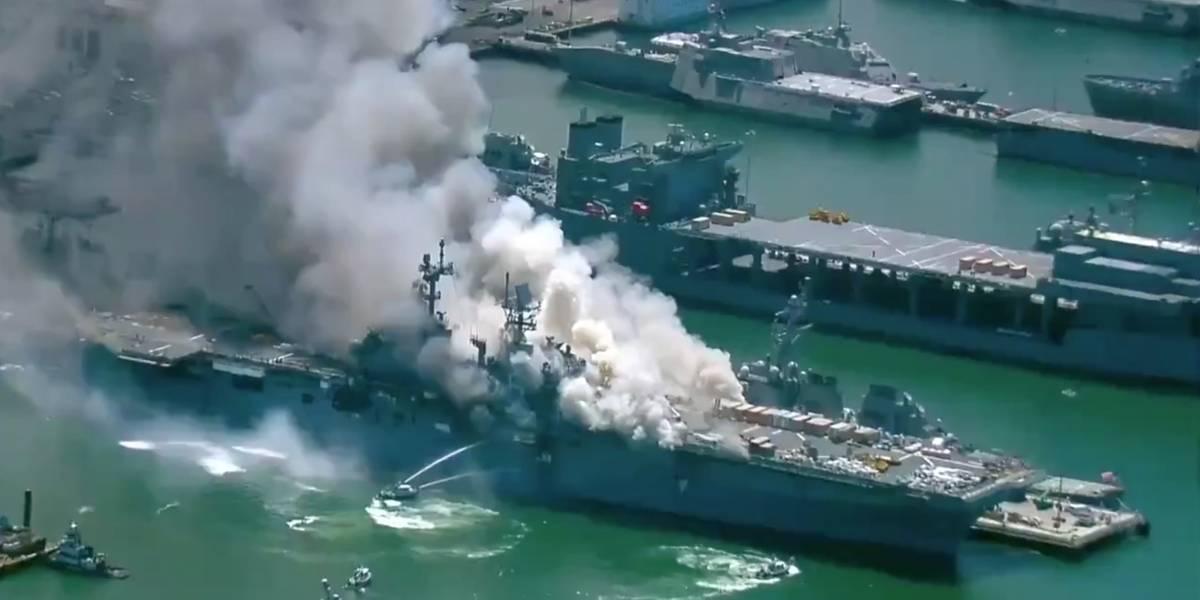 Internacional: Navio da Marinha dos Estados Unidos pega fogo em base naval em San Diego neste domingo