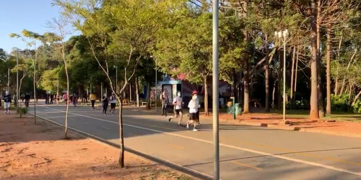 Parque Ibirapuera tem movimentação intensa em reabertura nesta segunda