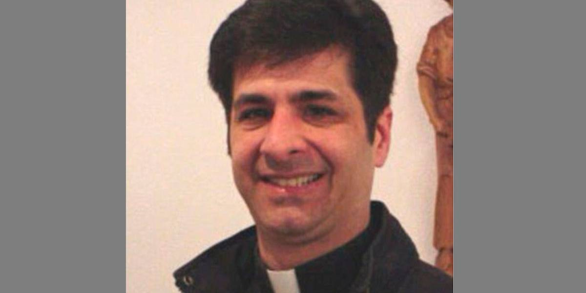 Ex-padre teria gasto US$ 1 milhão da igreja em sexo sadomasoquista
