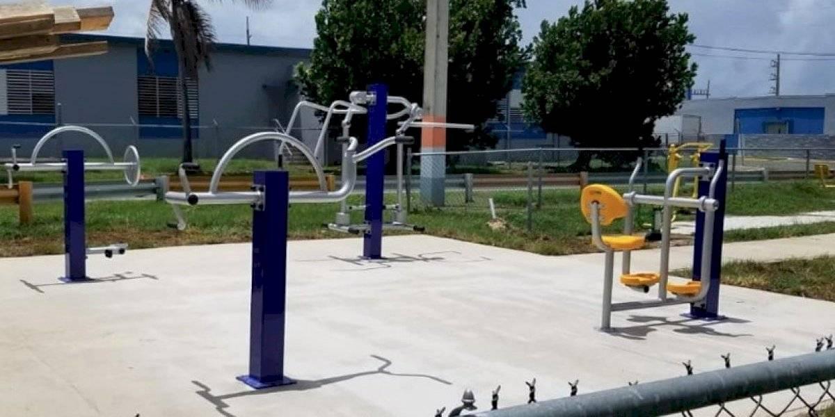 Presentan gimnasio al aire libre para personas con diversidad funcional en Humacao