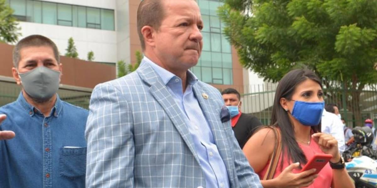 """Daniel Salcedo rindió su versión en proceso de fraude procesal y está """"lúcido"""", dice su abogado Luigi García"""