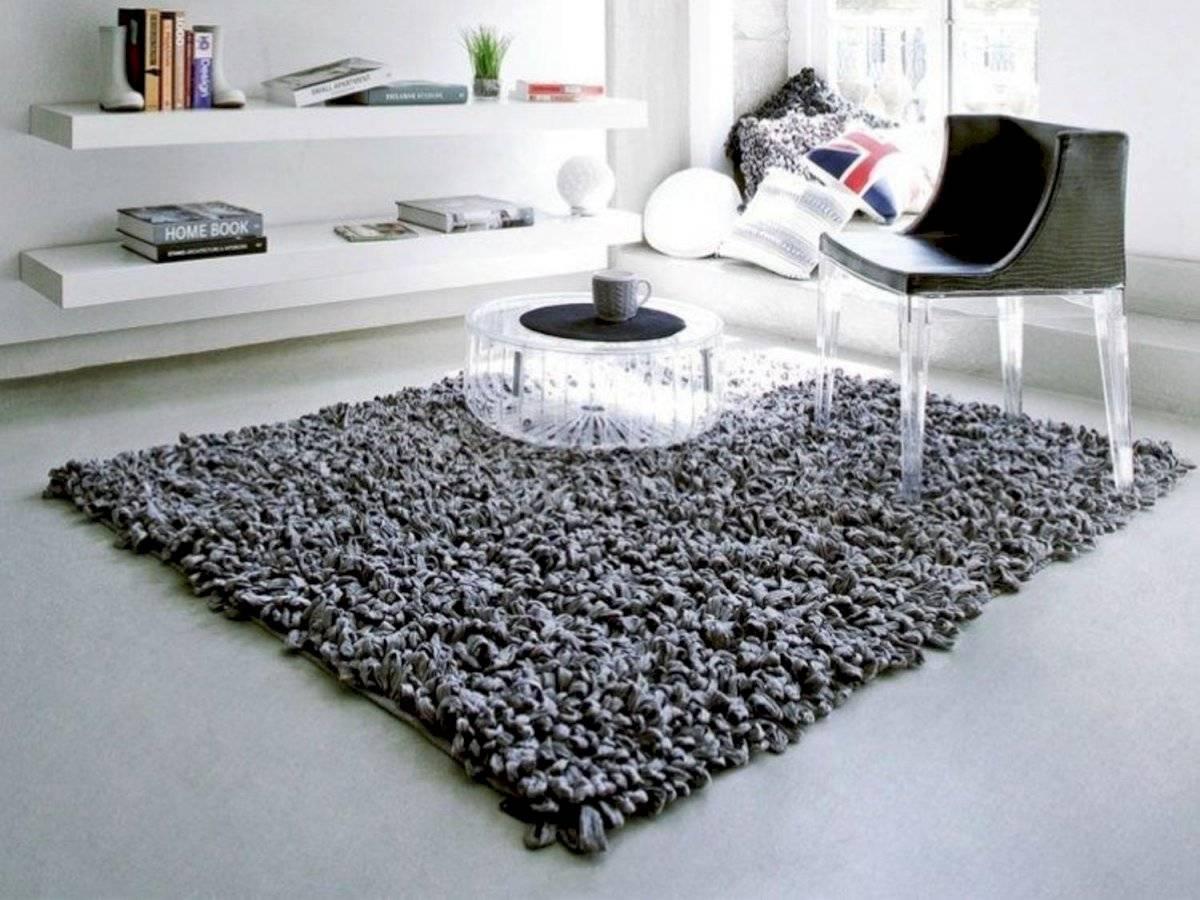 Decorar el piso con una alfombra quizás sea la única inversión que tengas que hacer y no es tan costosa
