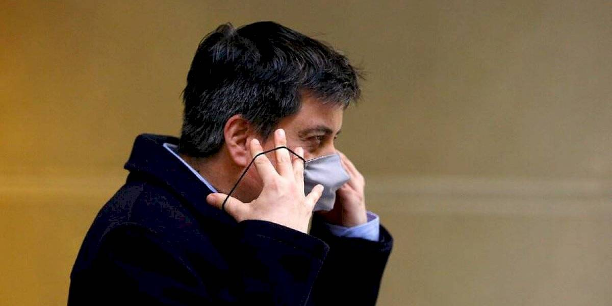 """Celis profundiza sus denuncias: """"Me da la impresión de que Schalper es como el representante de Larroulet"""""""