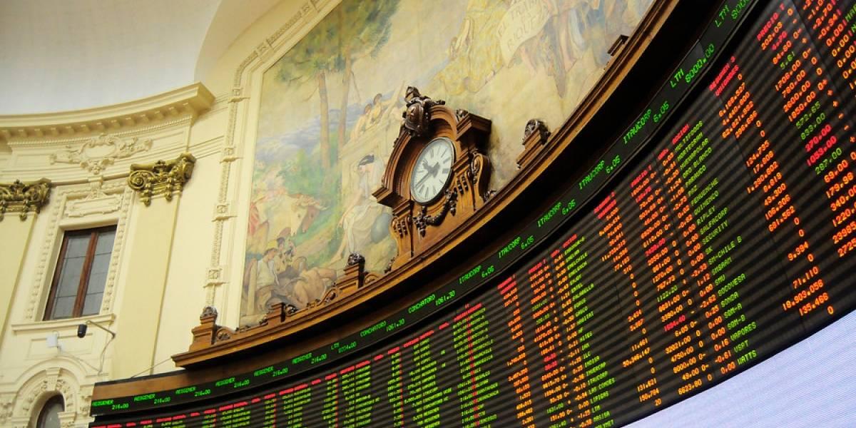 Bolsa de Santiago cerró con una estrepitosa caída tras la aprobación del retiro del 10% de las AFP