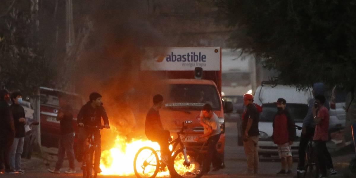 Nuevos disturbios en Santiago luego de aprobación de diputados de retiro del 10% de los fondos de las AFP