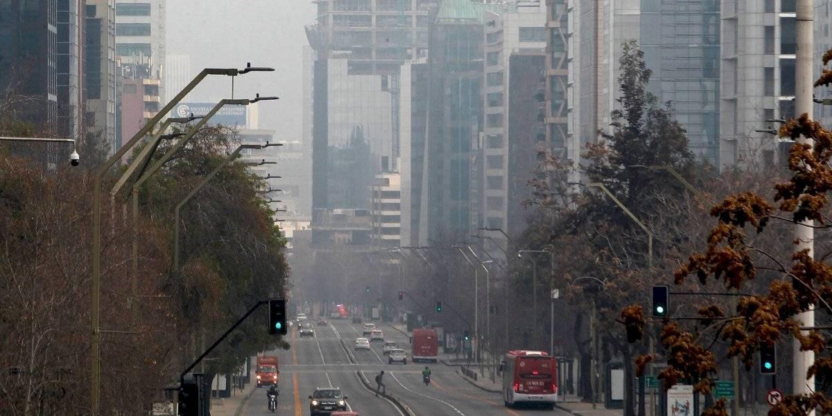 Supuestamente estamos todos en cuarentena pero sigue la contaminación: nueva alerta ambiental en la RM