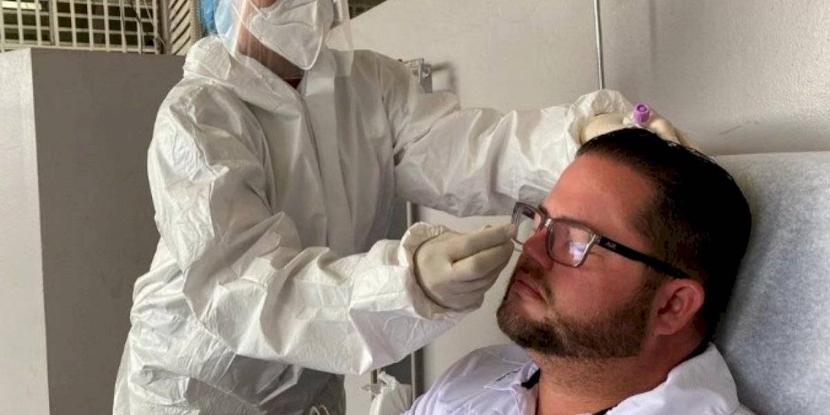 """Alcalde de Guayanilla se hace prueba molecular tras positivo de """"Conny"""" Varela"""