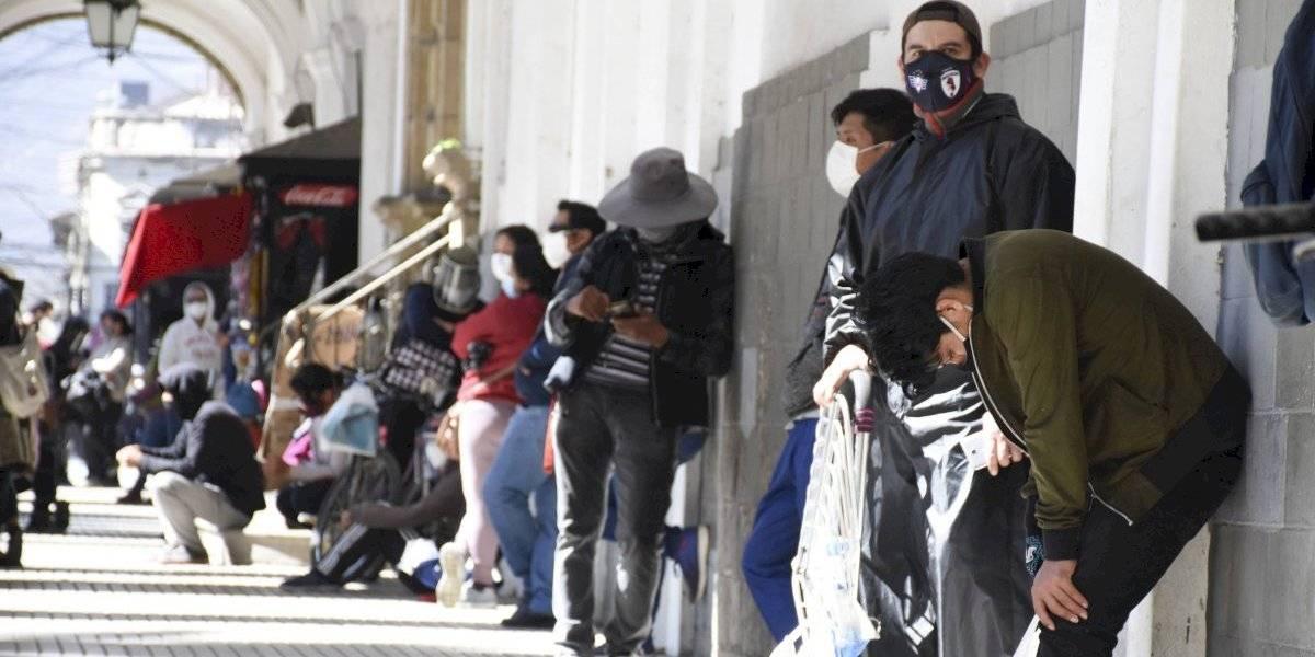 Aumenta la recolección de cuerpos en calles y casas en Bolivia