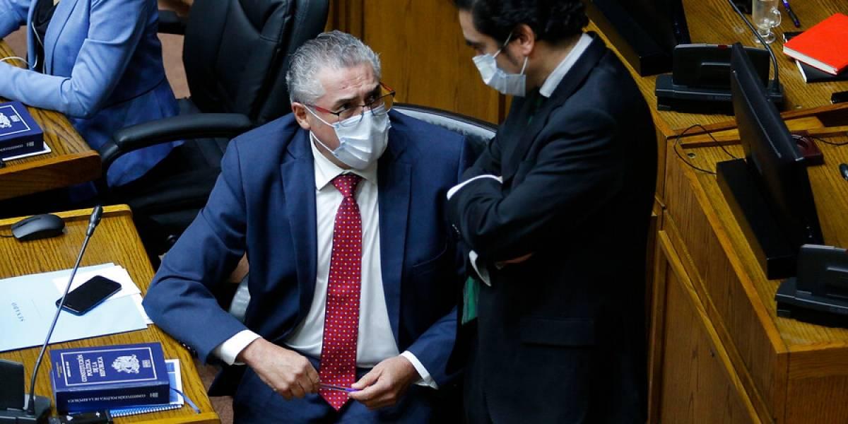 """Senador Pizarro en la misma línea que Lagos Weber y Moreira: """"El 10% debe ser para quienes realmente lo necesitan"""""""