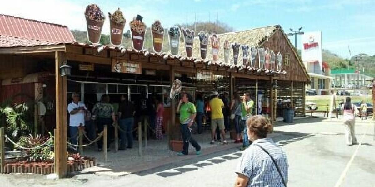 Salud cierra Burger King de Aguadilla e interviene en Don Frappe en Añasco