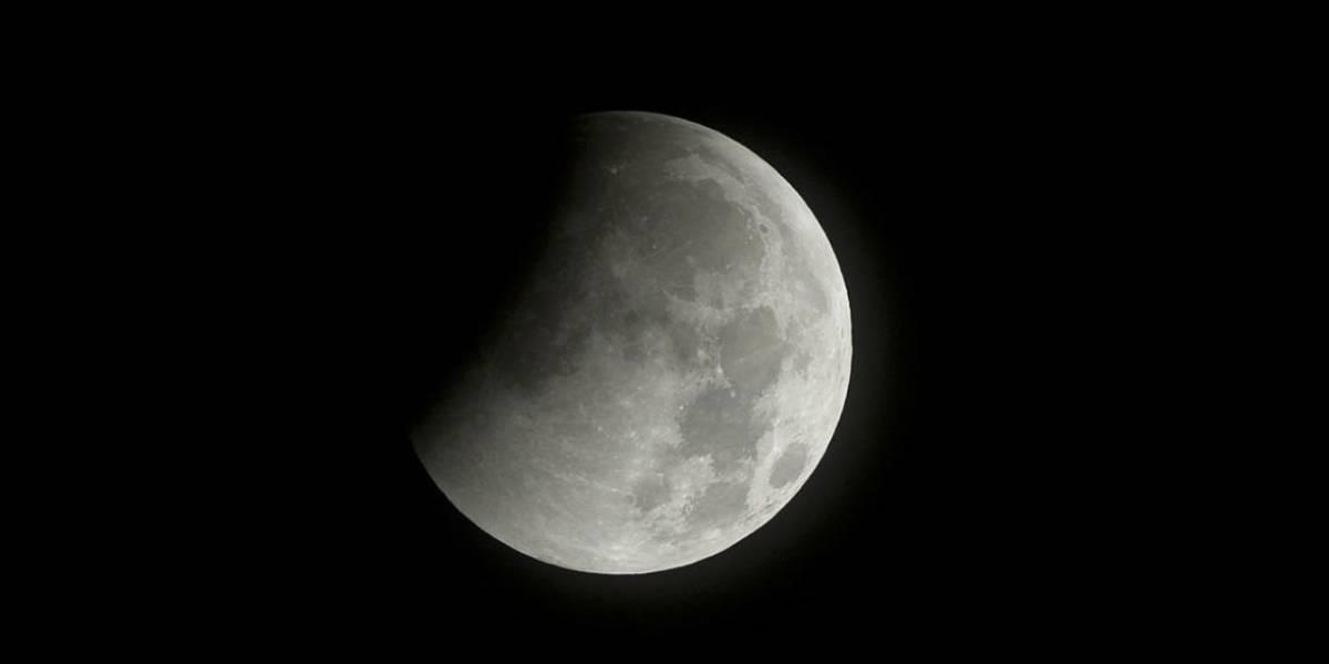 La Luna no es tan blanca como la ves desde la Tierra, estos son sus colores reales