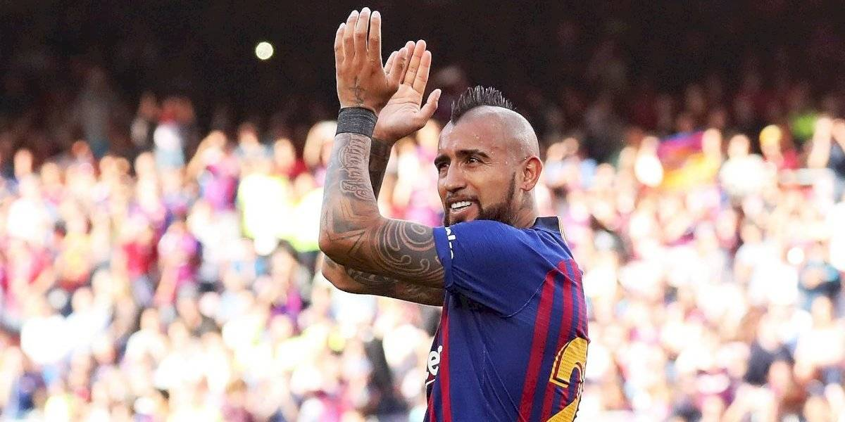 Barcelona se despide de la Liga con goleada y Vidal de central
