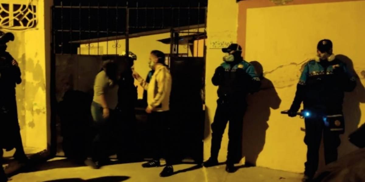 Quito: reportan que dentro de una vivienda en Calderón realizaron fiesta