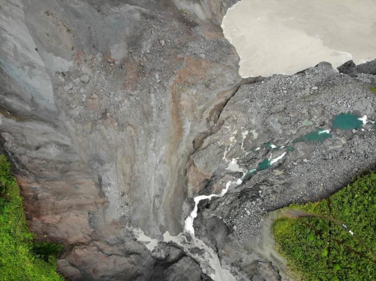 socavón del río Coca tras nuevo deslizamiento