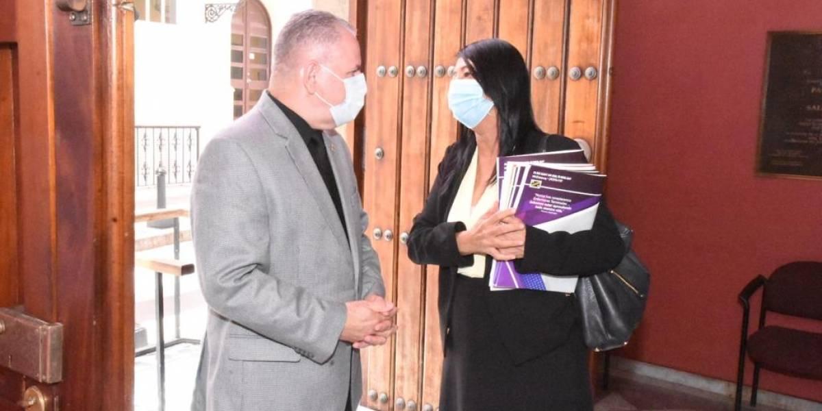 Colegio de Enfermería insiste en enmendar proyectos de aumento salarial