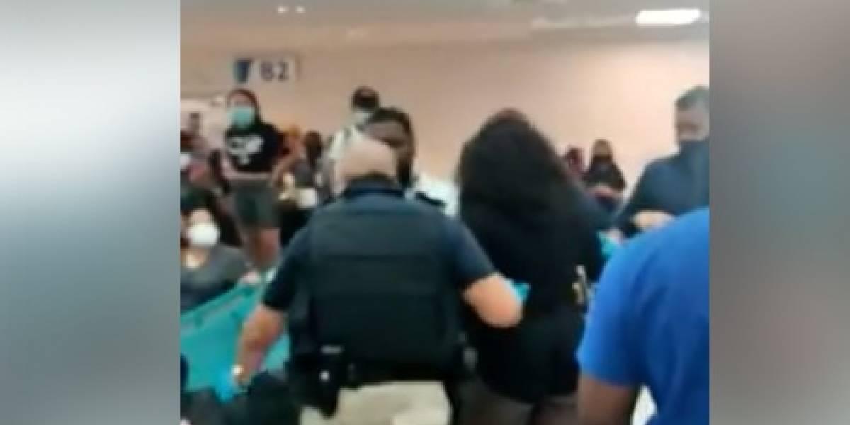 Se forma pelea en el Aeropuerto Luis Muñoz Marín