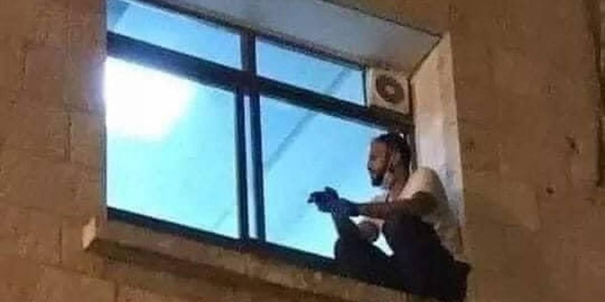 El adiós más triste: escaló hasta la ventana de la UCI para despedirse de su madre antes que muriera