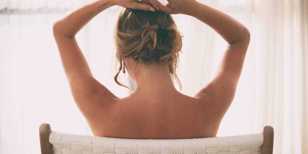 Como cuidar do pescoço e do peito para evitar sinais de envelhecimento