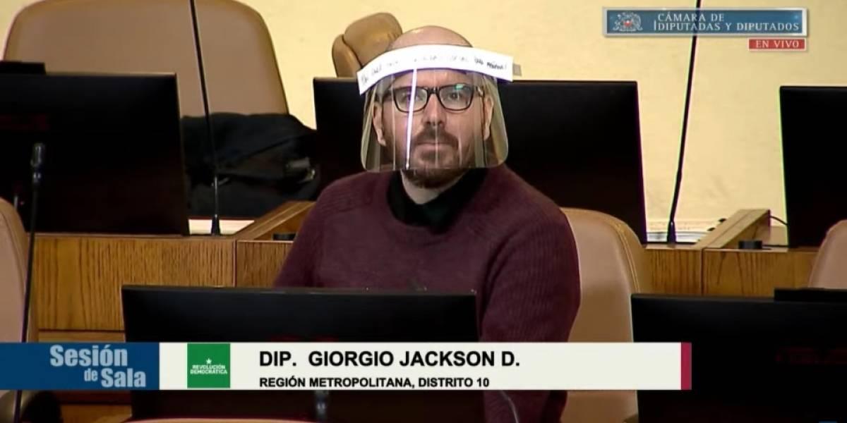 Jackson cita a Bielsa para pedirle a Piñera que no aplique un veto al retiro de los fondos de AFP