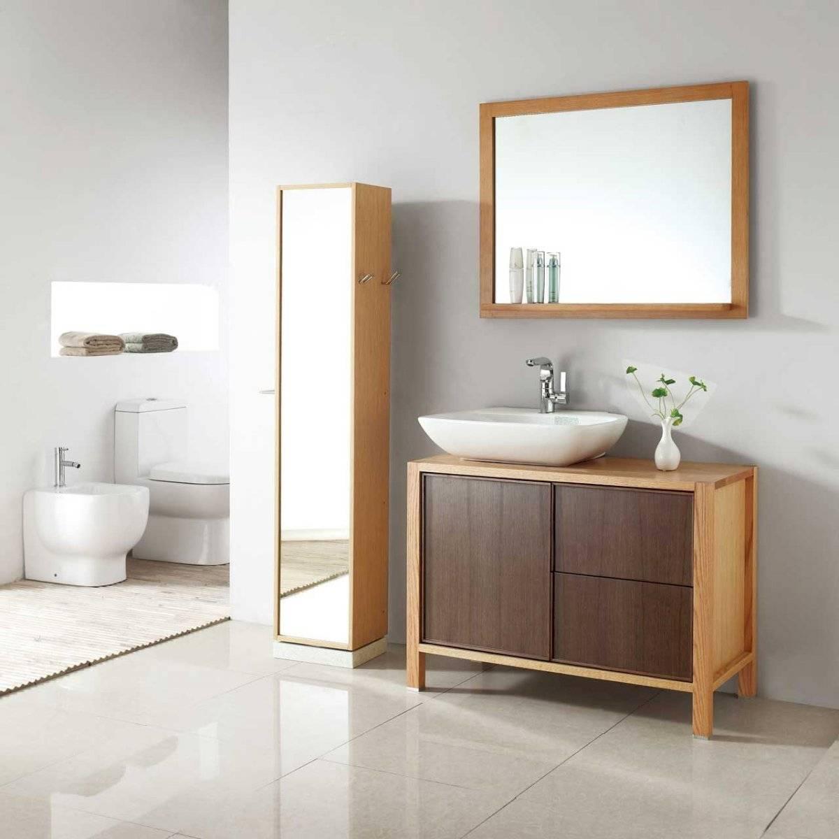 Detalles de madera en el baño