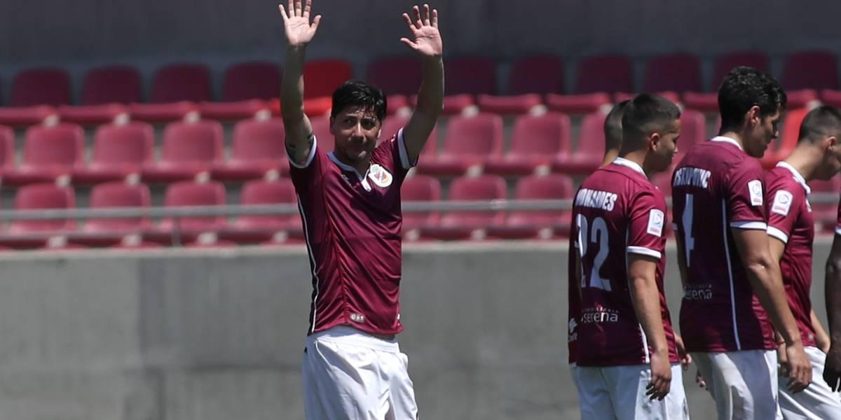 """""""Pajarito"""" Valdés celebra como su mejor gol la aprobación del retiro del 10 por ciento de las AFP"""