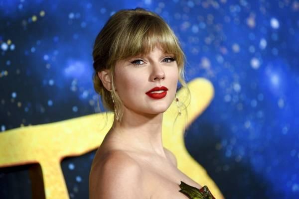 """Taylor Swift sorprende estrenando el álbum """"Folklore"""""""