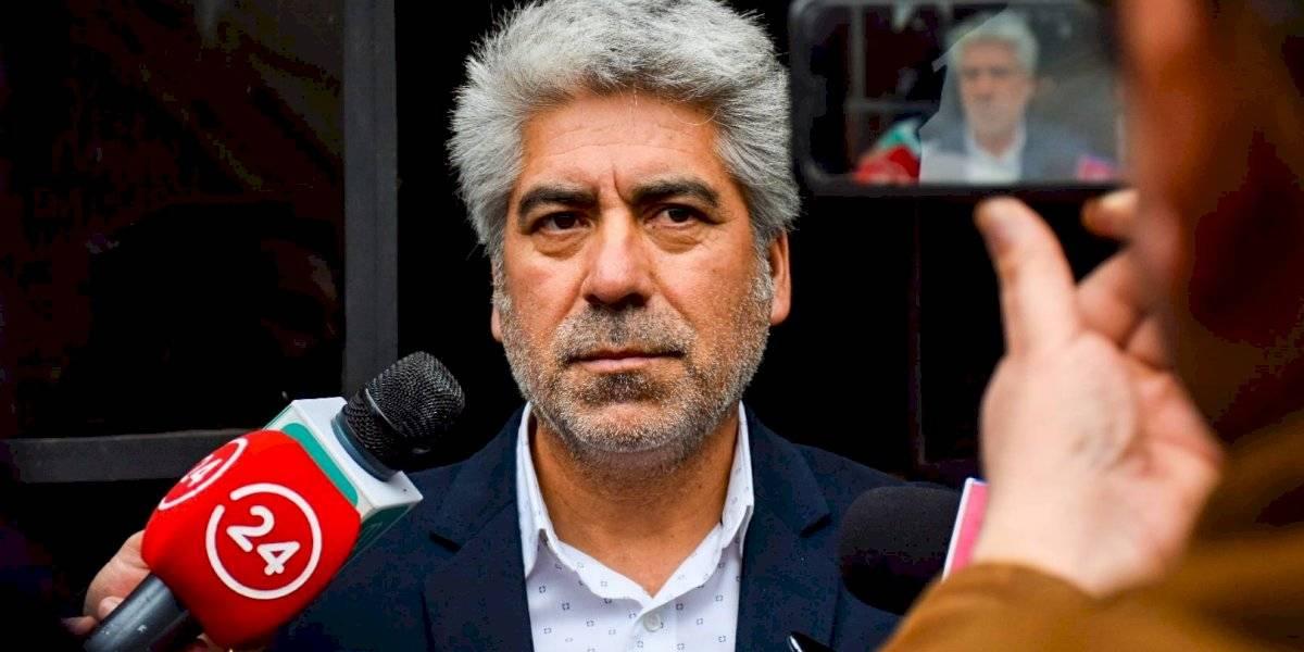 Papá de Antonia Barra pide que editora y periodista se reintegren a Canal 13 luego de polémica frase al aire