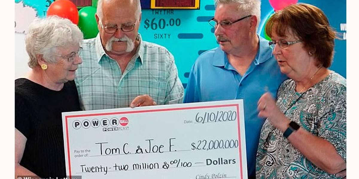 Homem cumpre acordo feito há quase 30 anos e divide prêmio da loteria