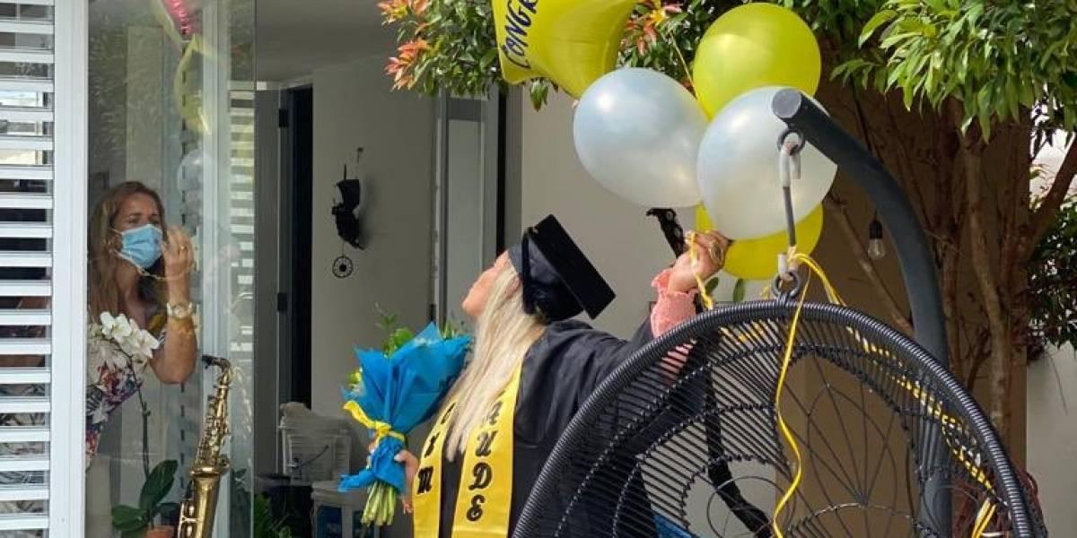 Lornna Soto celebra la graduación de su hija desde el aislamiento