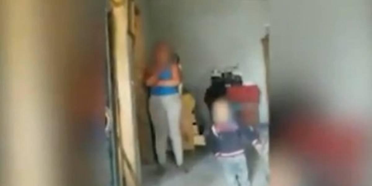 Quito: Mujer amenazaba con suicidarse delante de su pequeño hijo