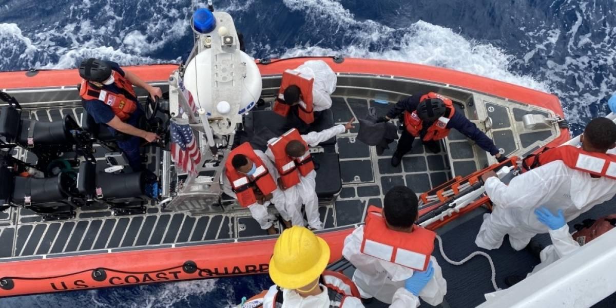 Guardia Costera finaliza búsqueda de posibles sobrevivientes de naufragio en el Canal de la Mona