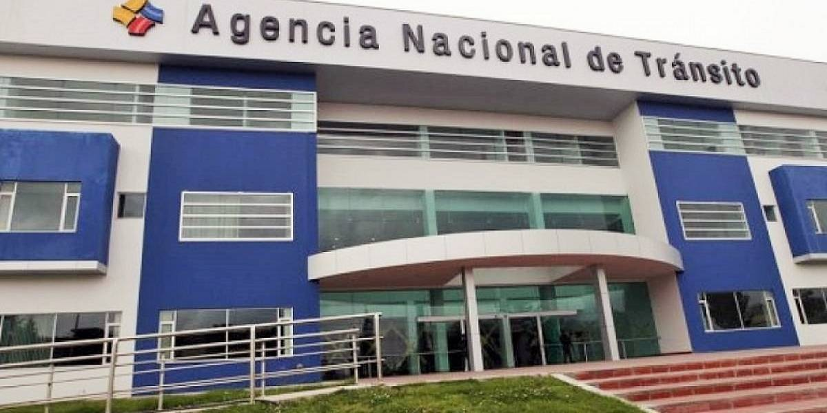 ANT suspende atención de su oficina matriz en Quito y agencias de Pichincha