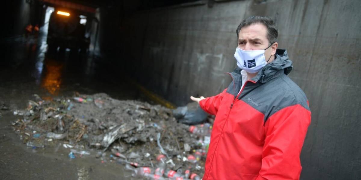 "Hanna ""saca a flote"" 82 toneladas de basura en Monterrey"