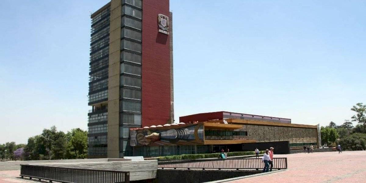 UNAM reanuda trámites de titulación y exámenes profesionales