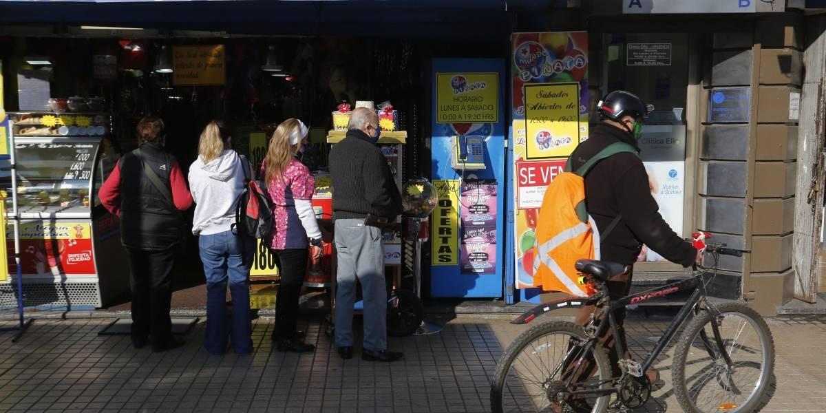 Denuncian que el desconfinamiento en Chile no sigue indicaciones de la OMS