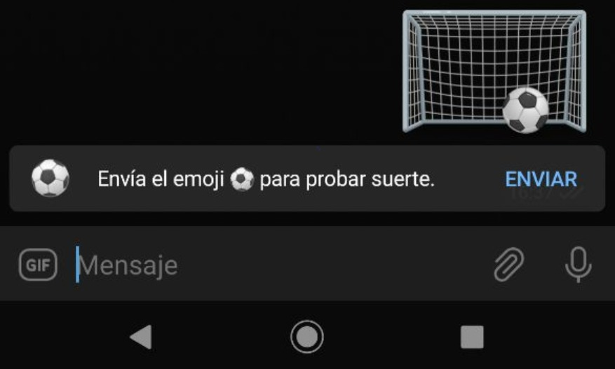 Emoji balón de fútbol de Telegram