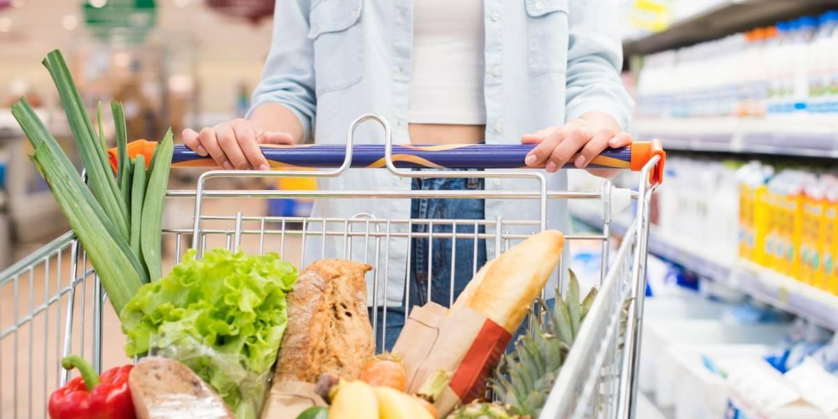 Inflação cai com ajuda da conta de luz, mas comida ainda pesa