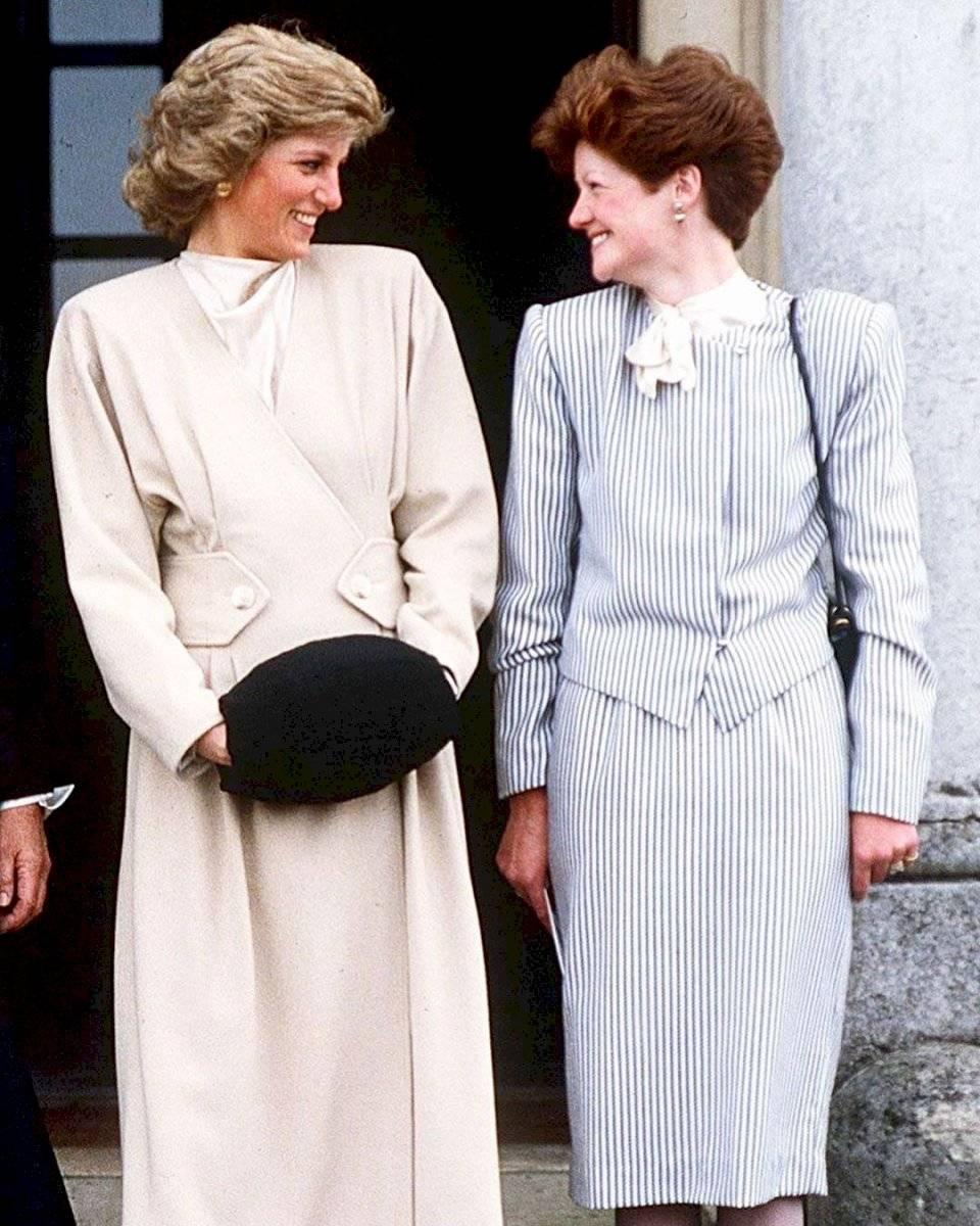 Diana fue advertida por su hermana mayor sobre la mala fama de Carlos