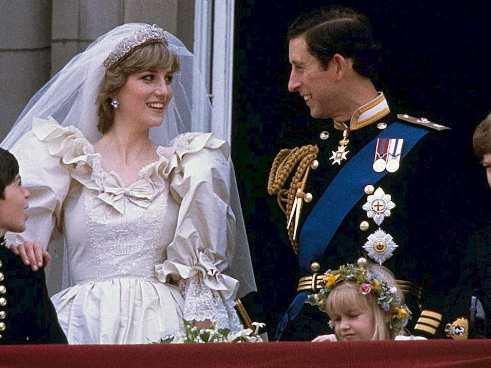 La princesa Diana y el príncipe Carlos se casaron e julio de 1981. Allí comenzó un infierno.