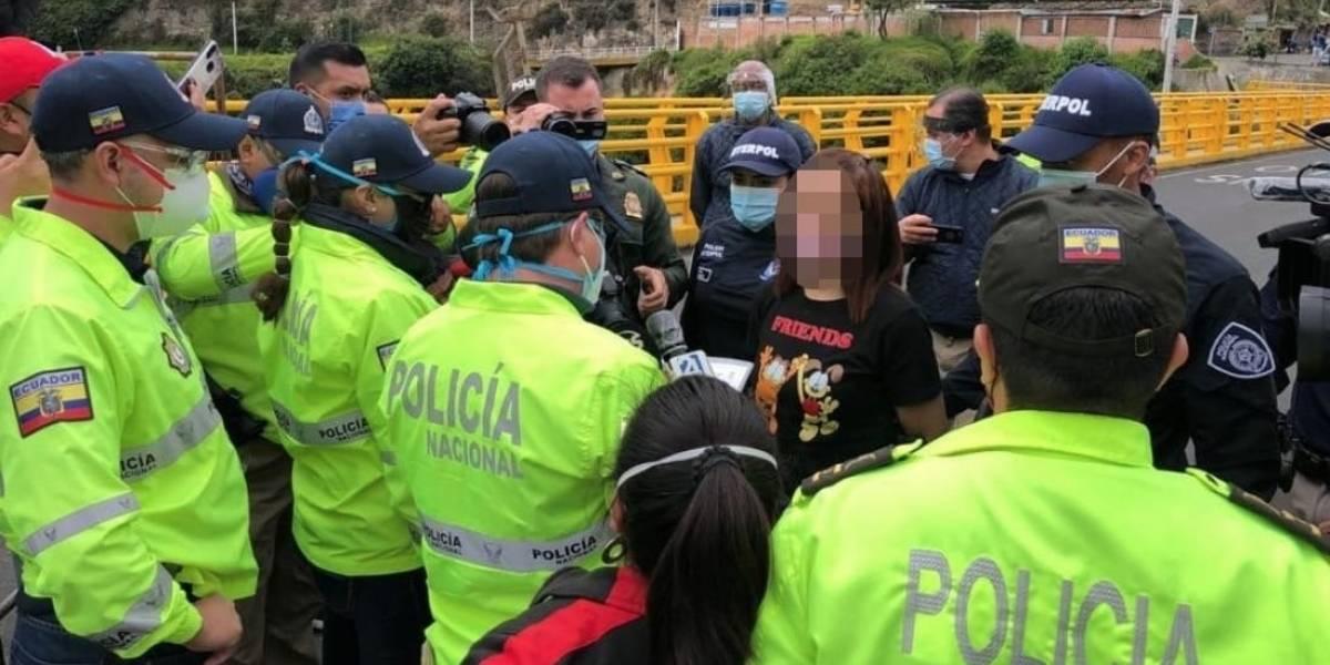 Ecuador extradita desde Colombia a mujer implicada en caso de 'Narcobus'