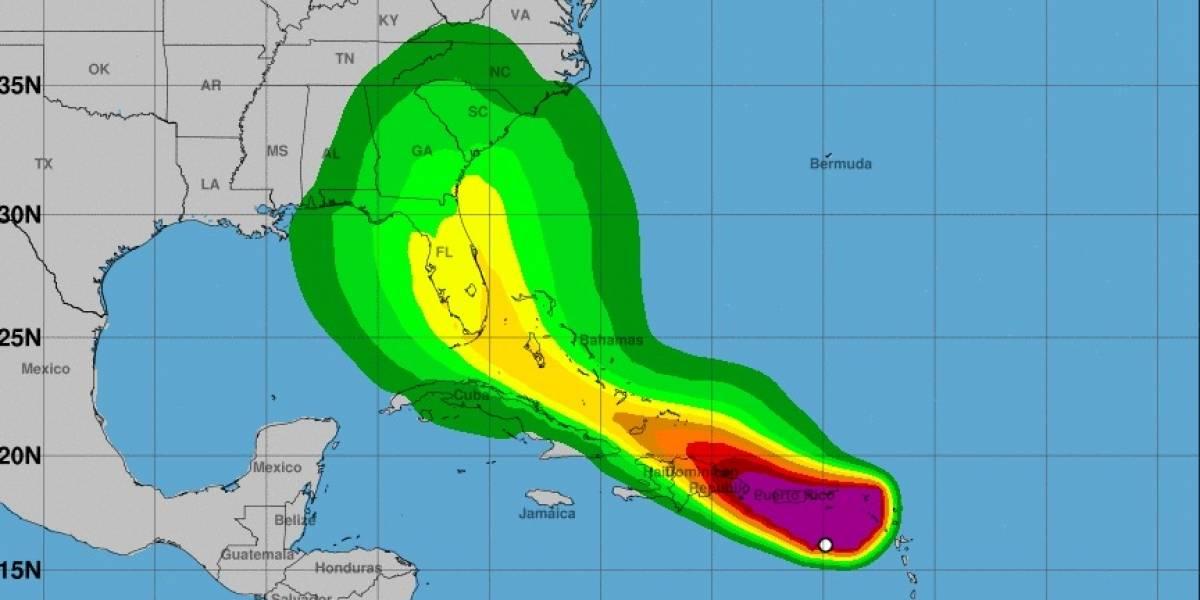 Potencial ciclón mantiene su paso y vientos de 45 millas por hora