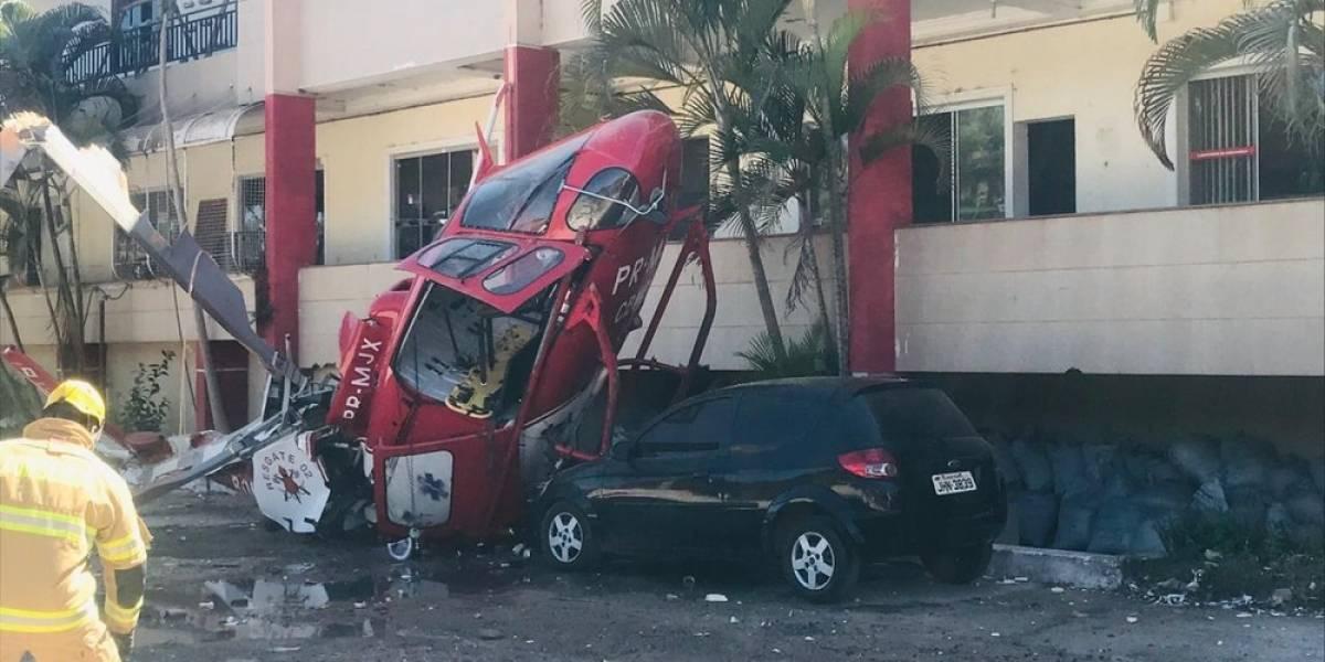 Helicóptero dos bombeiros cai em cima de carro no Distrito Federal
