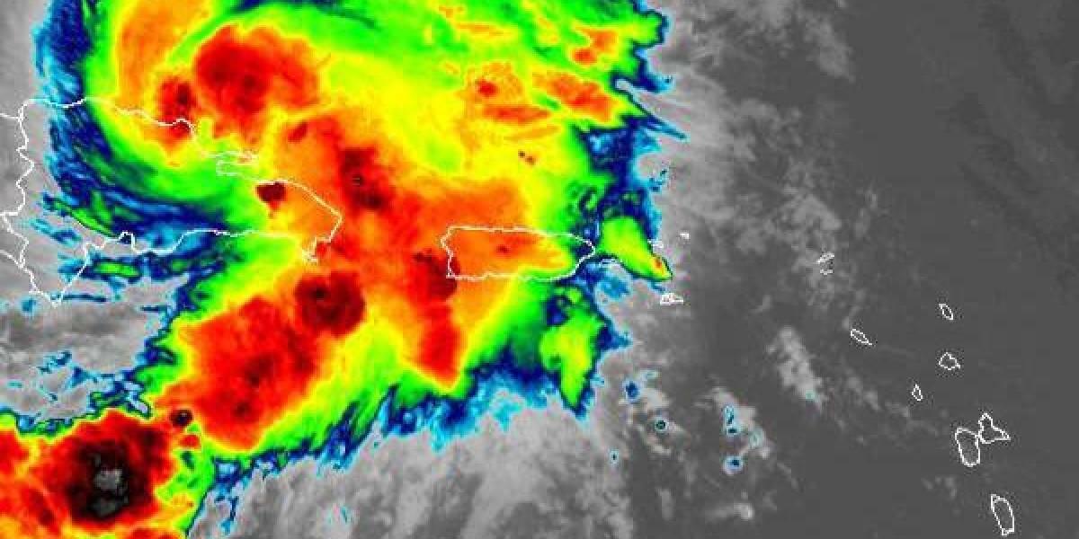 Descontinuan aviso de tormenta para Puerto Rico, pero siguen las lluvias