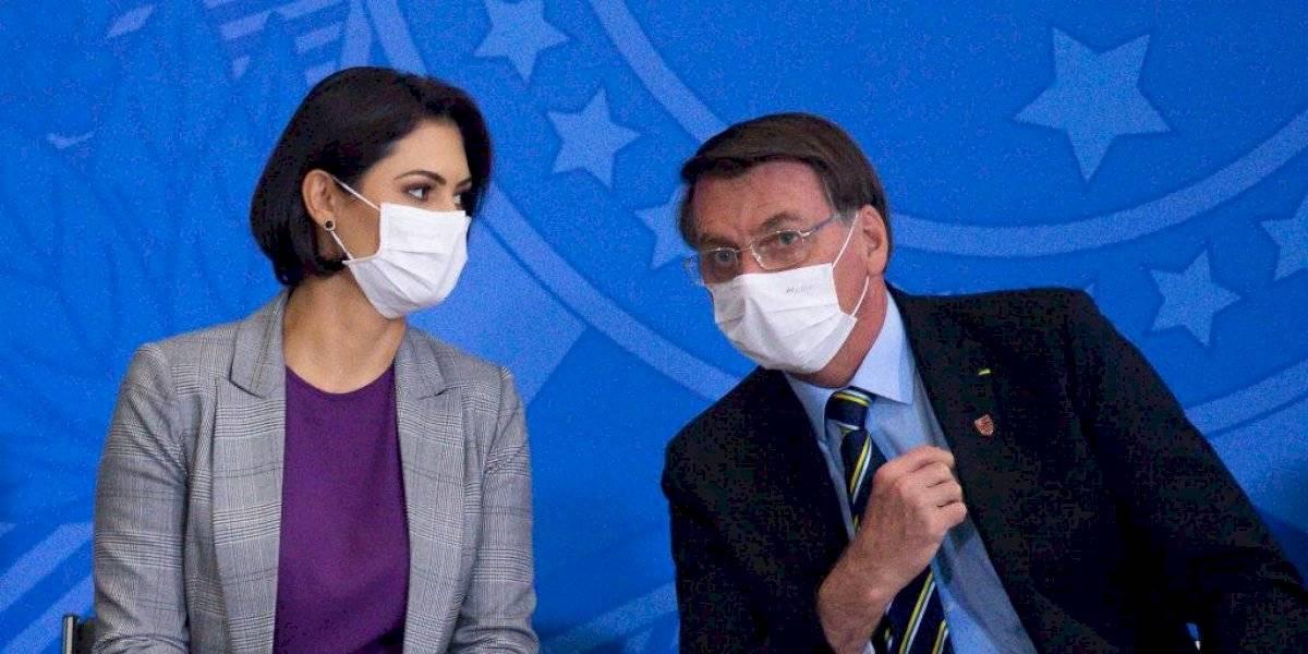 Michelle, esposa de Bolsonaro, da positivo a Covid-19