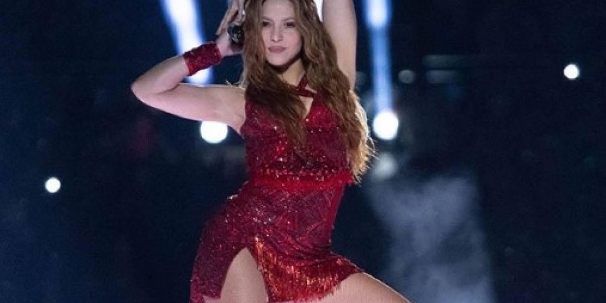 Shakira infarta en unos pantalones de cuero y tacones de aguja