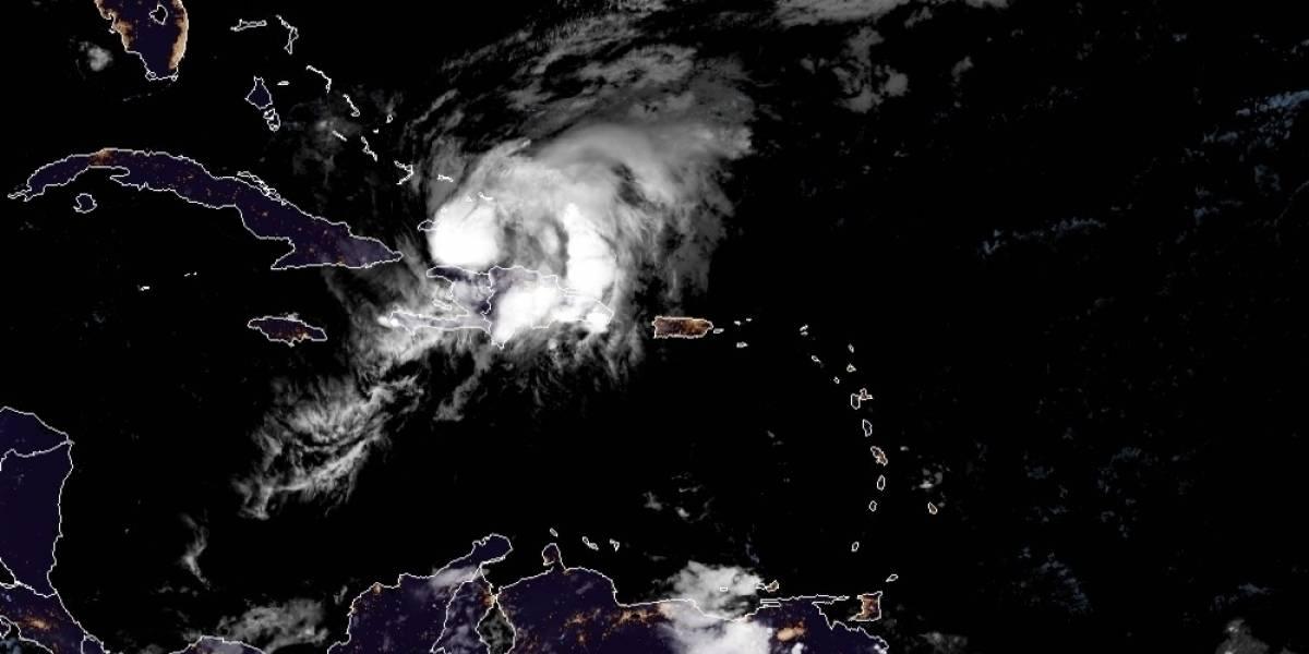 Huracán Isaías está a punto de impactar las Bahamas