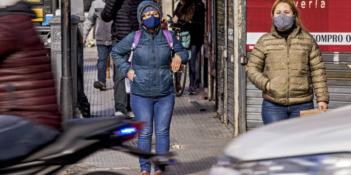 """Coronavirus.- Argentina prorroga hasta el 16 de agosto la cuarentena y pide """"mayor responsabilidad"""" a la población"""